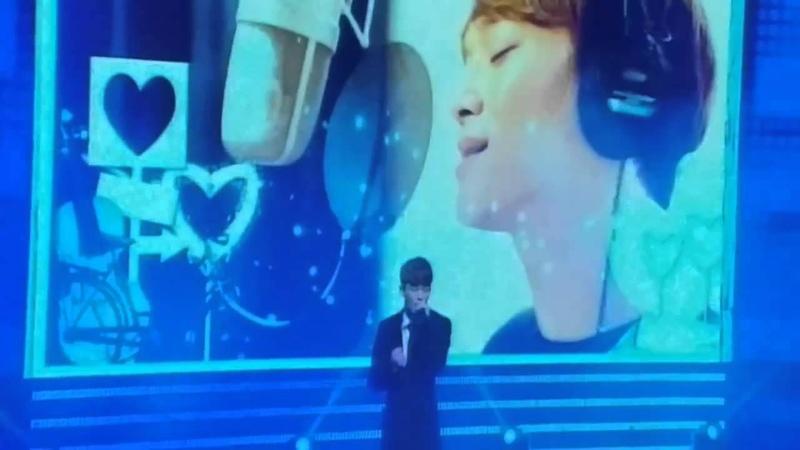 141115 APAN StarAwards - KIM JONGDAE(Chen EXO) singing Best Luck