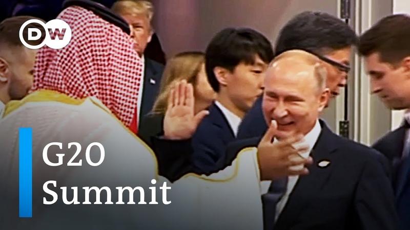 'Buddy handshake' between Vladimir Putin and Mohammed bin Salman causes stir | DW News