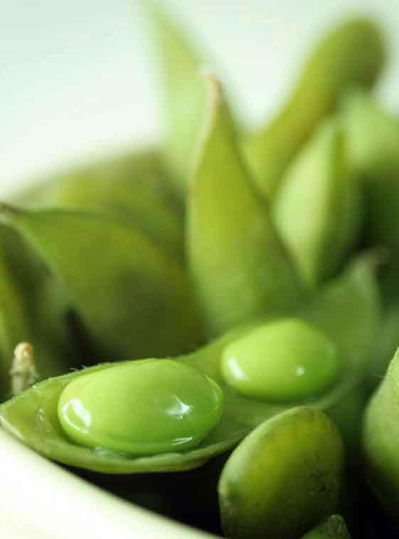 В приготовленной чашке эдамама содержится 22 грамма белка