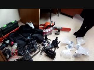 Похитители монет. Полицейские нашли грабителей гаражных кооперативов. Обыск