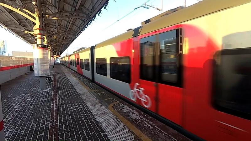 Отправление состава из вагонов ЭС1 ЭС2Г Ласточка со станции Шелепиха Солнцевской линии
