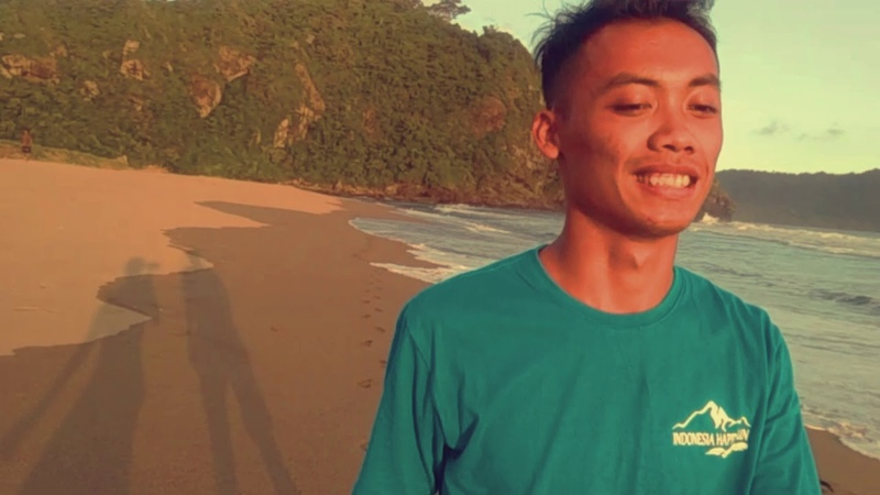 Pantai Badug Pandan Sari Sarongan Banyuwangi Moza Mini Mi