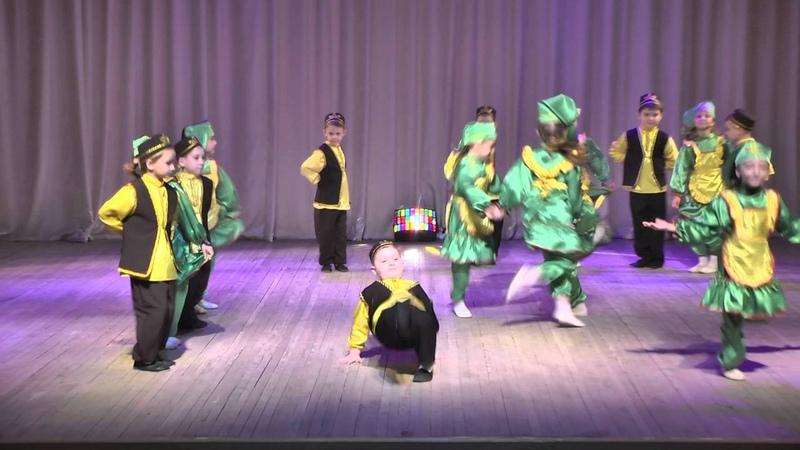 Татарский танец САНДУГАЧ г. Уфа.Tatar dance Nightingale.俄羅斯舞蹈夜鶯