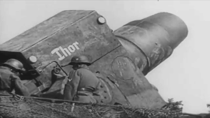 Zugkanone (80-cm-Kanone) and Thor of the Wehrmacht knocking out Maginot line and Sevastopol