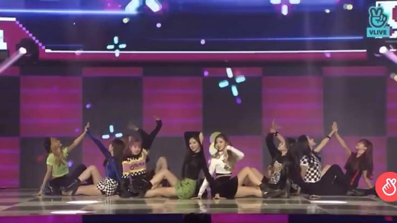 [ V-LIVE ] 체리블렛 (Cherry Bullet) – 'QA' Debut Showcase
