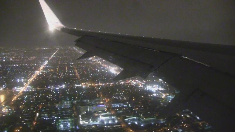 American Airlines B757 Night Landing Los Angeles