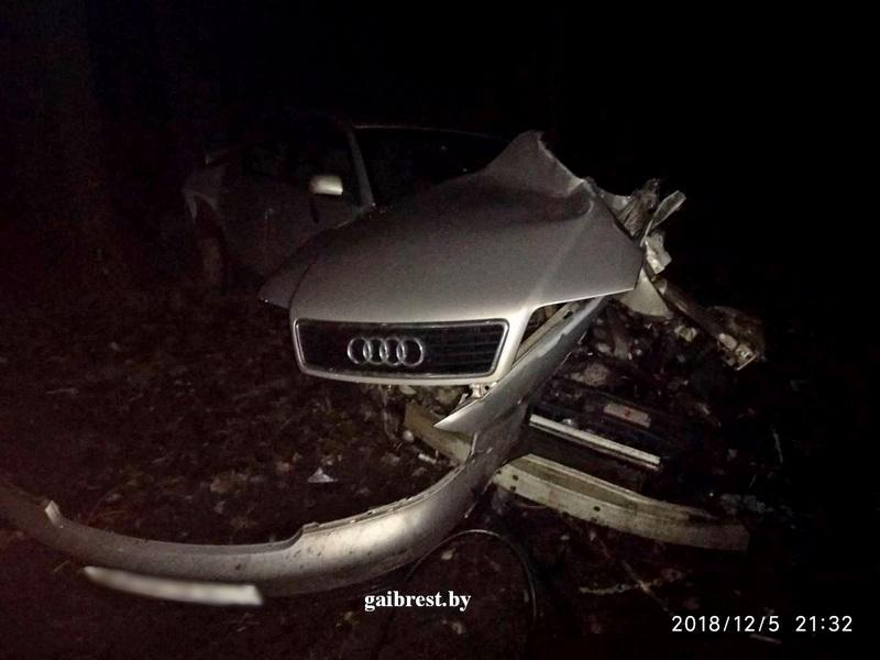 Нарушение правил маневрирования привело водителя-бесправника к ДТП