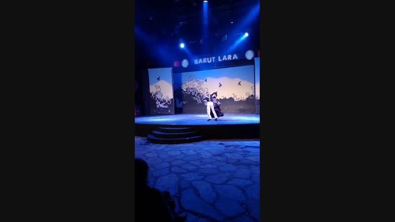BARUT LARA вечернее шоу в Турции