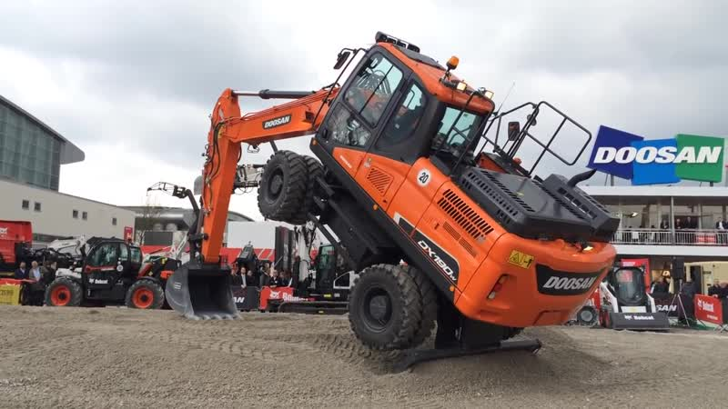 The Big Bobcat And Doosan Demo Show - Bauma 2016