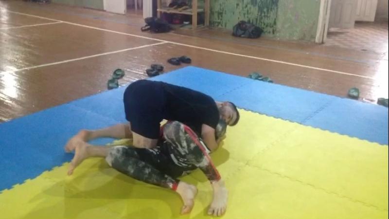 Смена позиций в партере Обход в боковой контроль Киров мма спорт бокс Борьба грэпплинг бжж