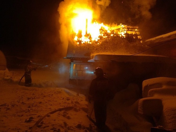 Утром 1 января в НТ «Коммунальник» загорелся дачный дом