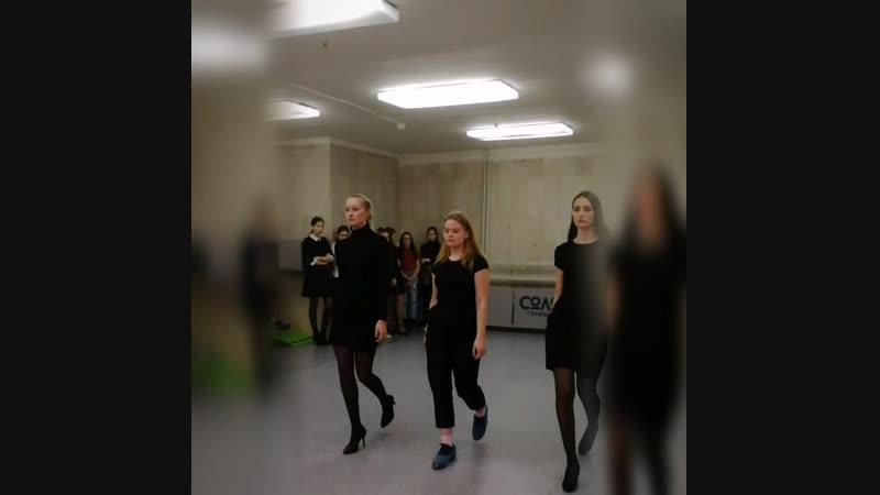 Мастер-класс по дефиле одного из ведущих модельных агентств г. Кирова «Viva models». . г.Киров