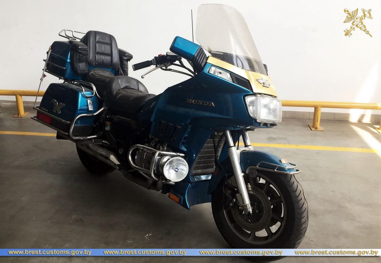 На границе изъят мотоцикл с видоизмененным VIN-номером