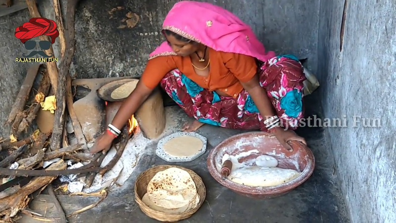 Indian village woman makes wheat flat bread roti on Clay stove!! Real rajasthani woman life