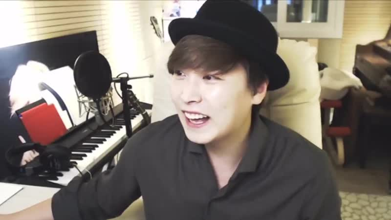 Sungmin listens to H.O.T.s Happiness on his YT live 181117