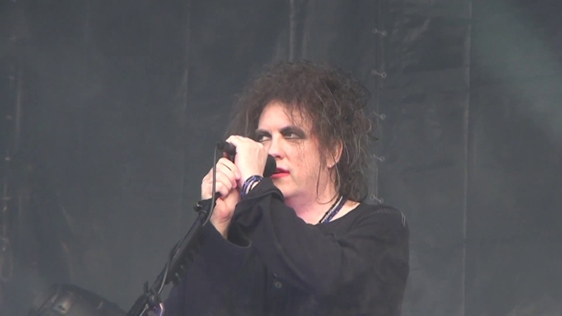 The Cure @ Live at Maxidrom fest 11.06.2012 Moscow. Russia.