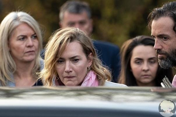 Кейт Уинслет на похоронах девушки, жизнь которой она не смогла спасти