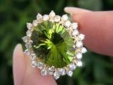 Hayden Panettiere Top Gem Burmese Peridot &amp Diamond Ring Set In Solid 14K Yellow Gold