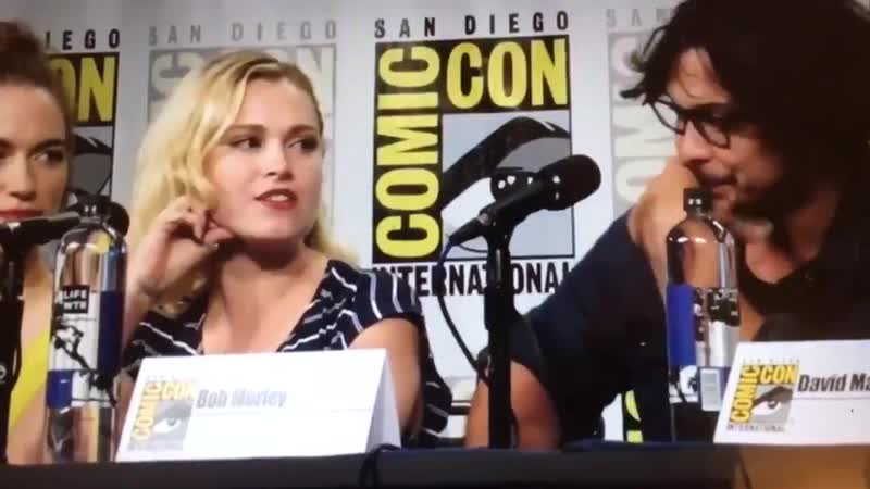 It's lucky we have such good on screen chemistry because in real life we hAtE eAcH oThEr,,