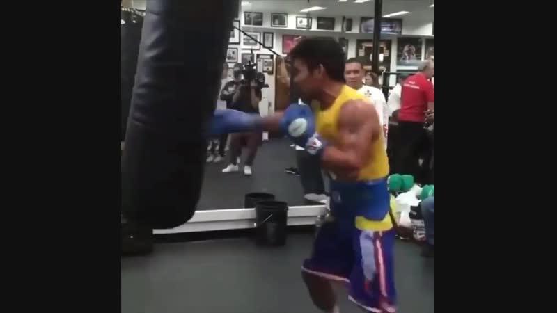 Мэнни Пакьяо продолжает свою подготовку к бою с Эдриеном Бронером🥊