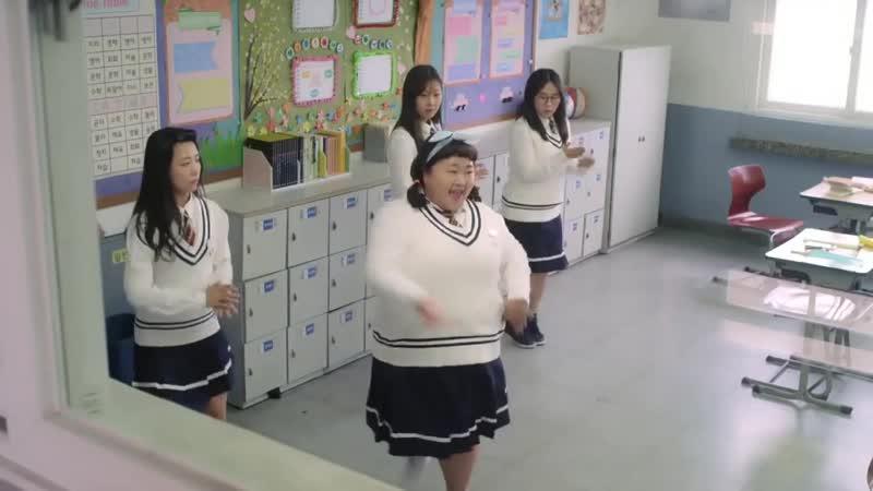 Чудо | The Miracle - утёрла нос в танце (отрывок)