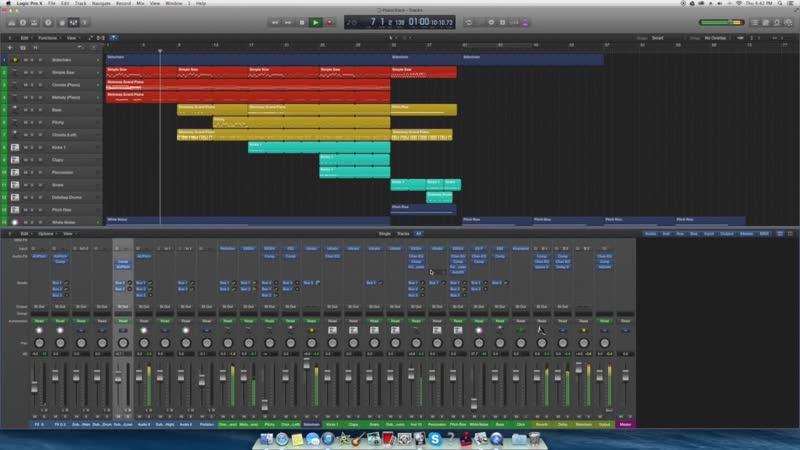 Logic Pro X - Dubstep Demo [LINK FOR LOOPS IN THE DESCRIPTION]