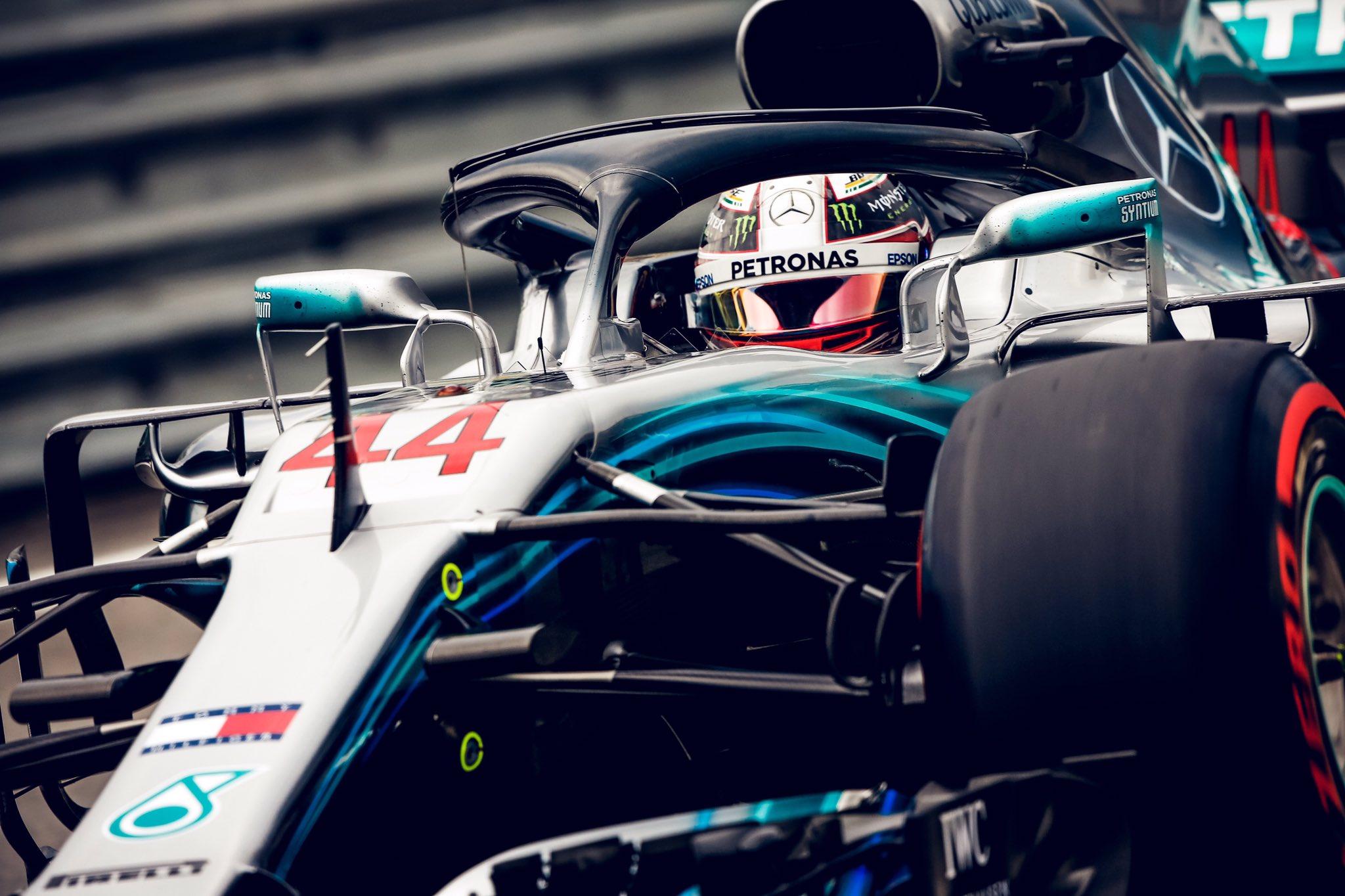 Льюис Хэмилтон - победитель Гран-при Бразилии 2018 года