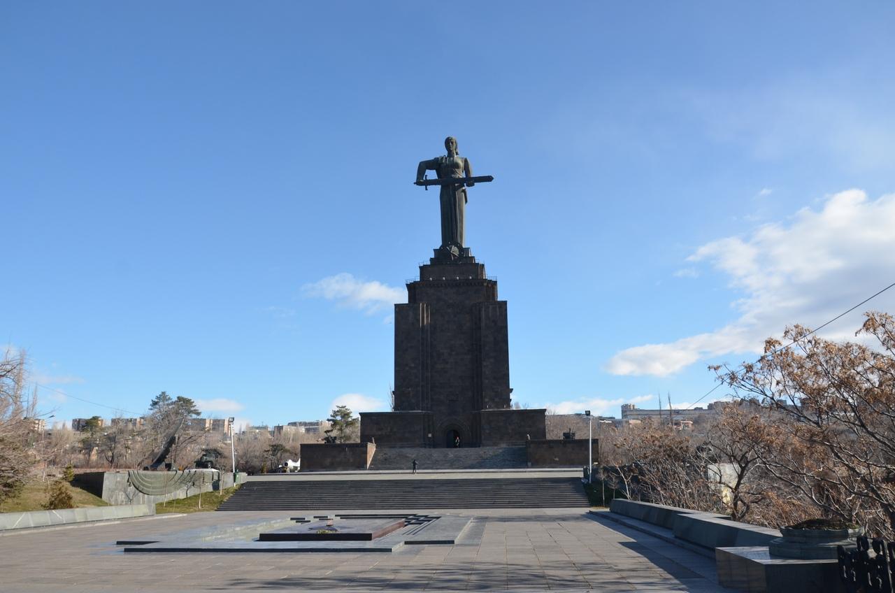 k0ab5CfeXnI Ереван достопримечательности.