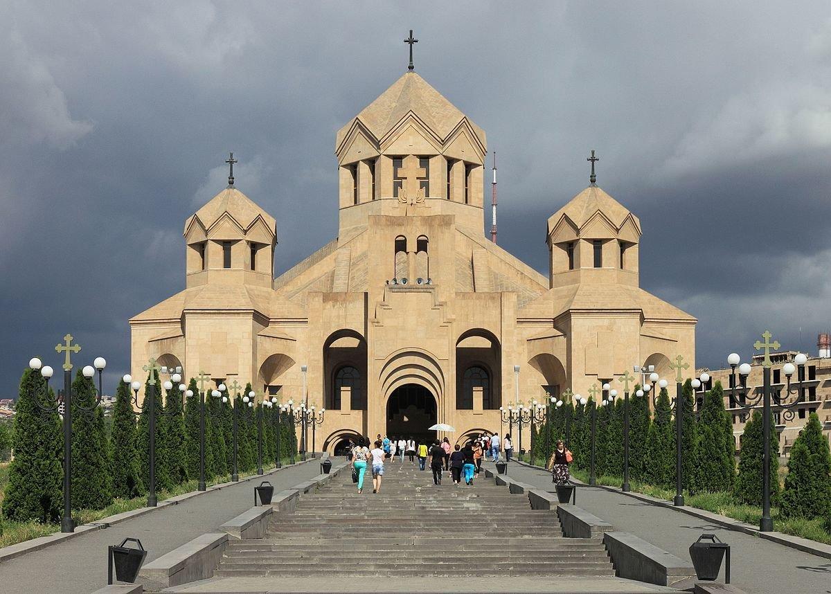 z35fMtYp9_8 Ереван достопримечательности.
