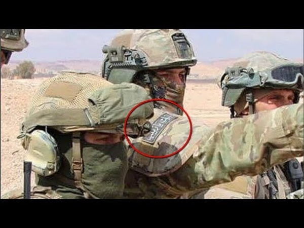 Нашивка на арабском «Борец со злом» и грозный взгляд сразу показал мне, что это серьезные парни.