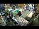 Дикое нападение на женщин в магазине