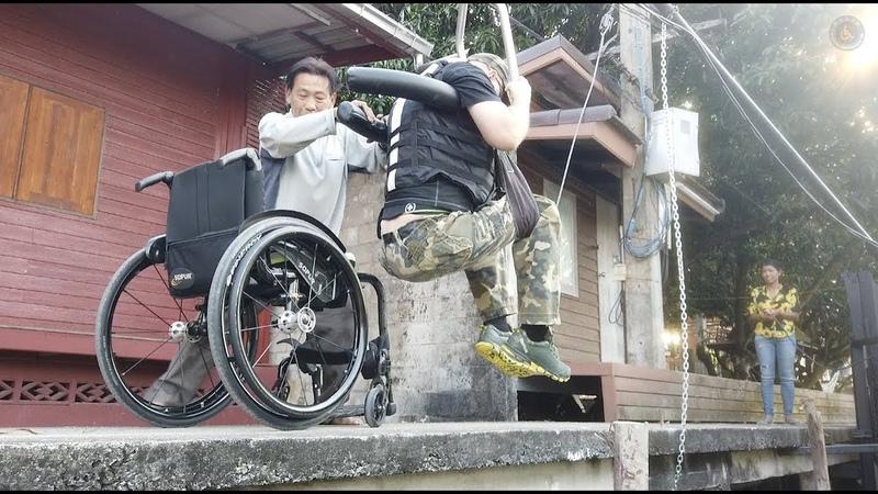 33 Thailand Rollstuhl Speedboot Reise Tipp