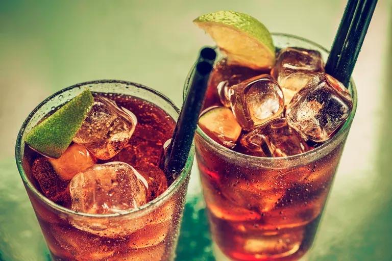 Напитки подслащенные сахаром