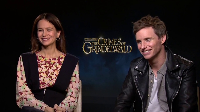 Who Would Win In A Wizard Fight? Eddie Redmayne Katherine Waterston Talk Fantastic Beasts 2