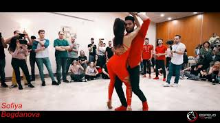 Чудесное исполнение Мурад Садых * МИЛЛИОН АЛЫХ РОЗ * Танцуют Marco Sara