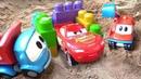 Garagem para o Raio McQueen. Léo o caminhão de brinquedo.