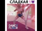 2018_09_30_21_36_43_634_dance__floor.mp4