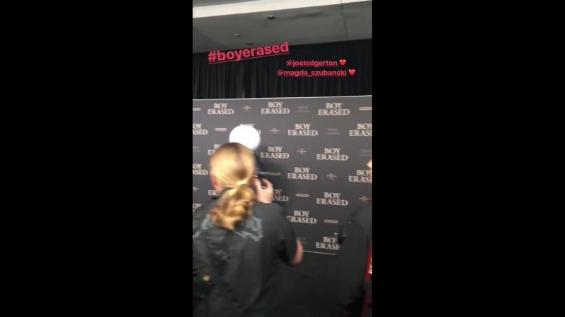 15.10.2018 | Джоэл на австралийской гала-премьере фильма «Исчезнувший мальчик» на мероприятии «Event Cinemas George Street».