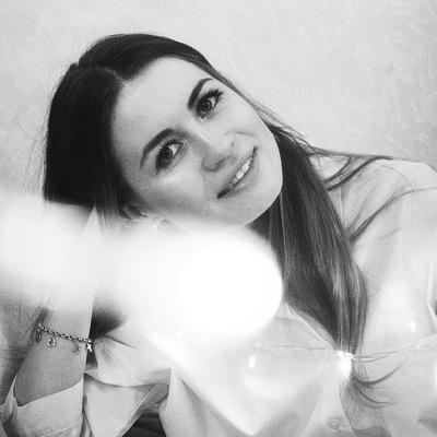 Polya Nayarovich