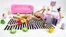 Barbie ailesi Chelsea oyuncaklarına takılıp düşüyor