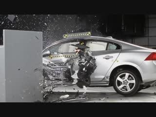 2012 volvo s60 driver-side small overlap iihs crash test