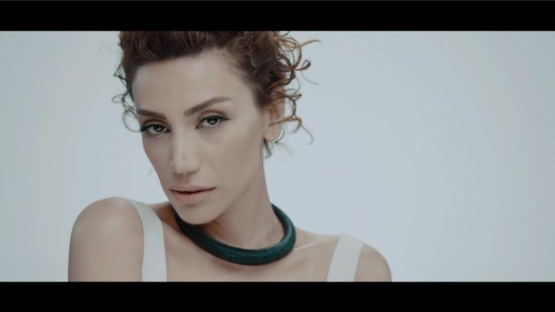 Röya Ummadığım Anda Yıldız Tilbe'nin Yıldızlı Şarkıları Official Video