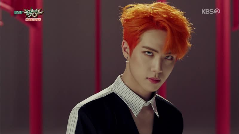 [Comeback Stage] 181019 Kim Dong Han (김동한) - Call My Name (내 이름을 불러줘) Good Night Kiss