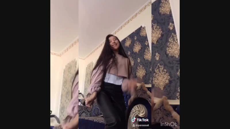 Танцы-шманцы😆