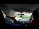 На гонках в машине безопасности