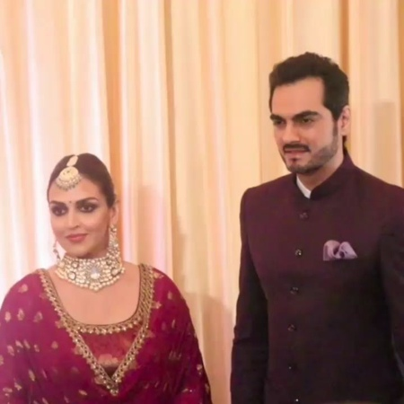 """Instant Bollywood Videos on Instagram: """"Esha Deol with her Husband spotted at Isha Ambani Wedding Reception Follow 👉@instantbollywoodvideos for mor..."""