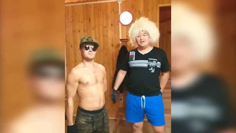 Хабиб и МакГрегор по-башкирски: двое жителей республики изобразили бой года