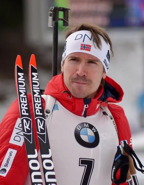sport Эмиль Свендсен. Эми́ль Хе́гле Све́ндсен (точнее Све́ннсен; 12 июля 1985, Тронхейм) - норвежский биатлонист, 4-кратный олимпийский чемпион, 12-кратный чемпион мира, обладатель Кубка мира.
