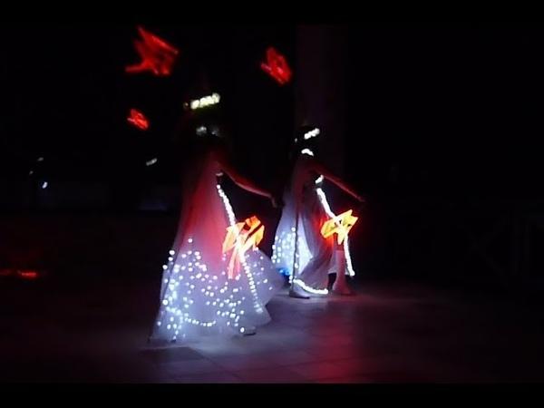 Световое шоу Flagro в Ростове на свадьбу, юбилей, новый год