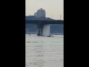 На мосту Патона прорвало коммуникации
